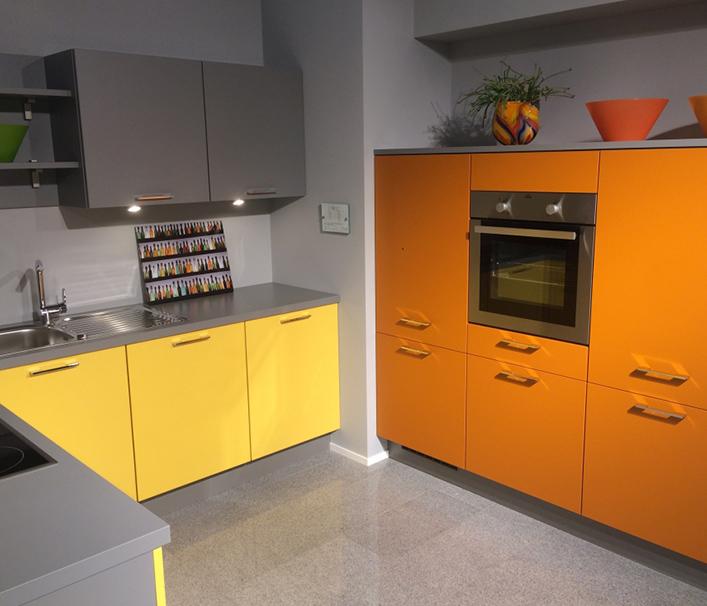 caravaning reisemobile caravans hoke in sachsen und brandenburg. Black Bedroom Furniture Sets. Home Design Ideas